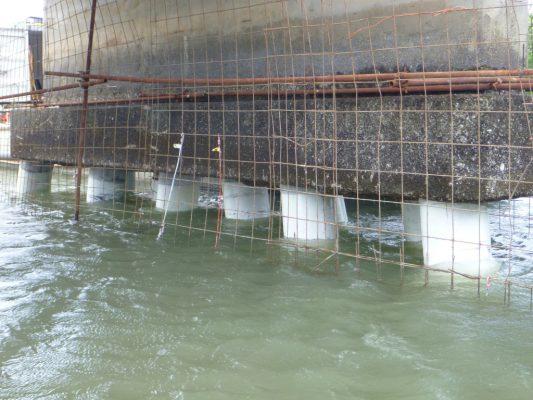 Submerged-Piles