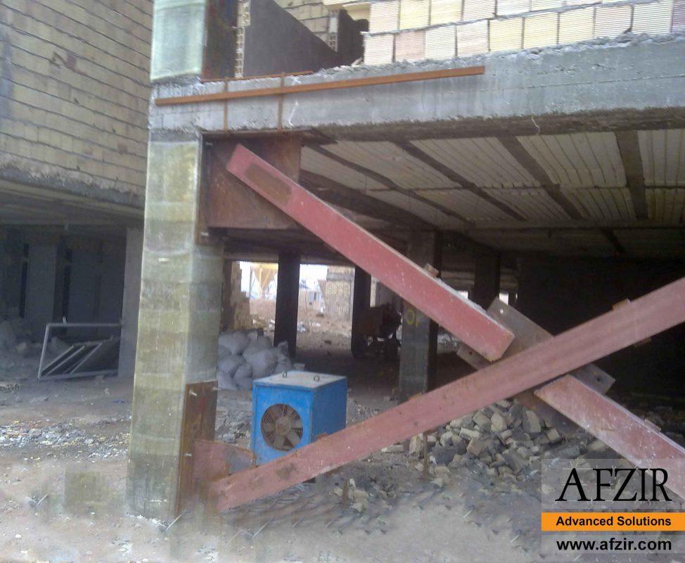 Steel bracing in concrete building