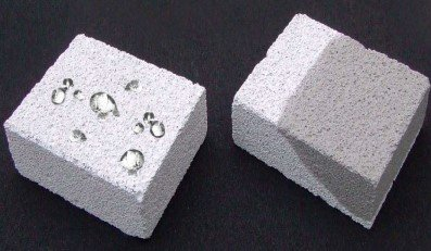 تفاوت بتن معمولی و بتنی که در آن از لایه جلویی استفاده شده است