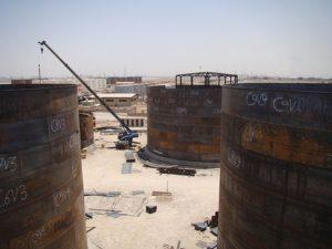مخزن فولادی نفت و گاز