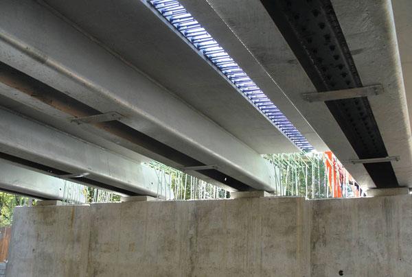 مقاوم سازی پل