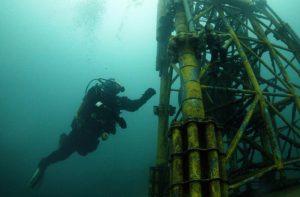 مقاوم سازی سکوهای دریایی
